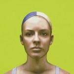 Mädchen mit Bademütze - 2013 - Acryl auf Seide - 22 cm x 23,5 cm